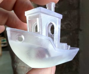 3DBenchy-made-on-a-formlabs-Form-2-SLA-3D-printer-form2.creativetools.se-v4